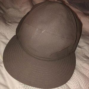 Lululemon Athletica Men's Flat Brim Baseball Hat